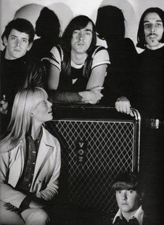 The Velvet Underground: Lou Reed, Sterling Morrison, John Cale, Nico and Maureen Tucker.