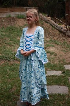 Front view - Dress-ups for a Girl