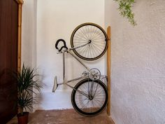 Neska polita by Diego Casín, via Behance Vertical Bike Storage, Outdoor Bike Storage, Bicycle Storage, Bicycle Rack, Bicycle Stand, Bike Hanger, Wall Hanger, Bike Storage Apartment, Bike Wall Mount