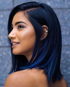 dark blue hair The Magical Power of Blue Black Hair and What You Should Know About It Hair Dye Colors, Hair Color For Black Hair, Cool Hair Color, Black Hair With Blue Highlights, Short Black Hair, Blue Hair Streaks, Black Hair Blue Tips, Dark Hair With Blue, Hair Color Dark Blue