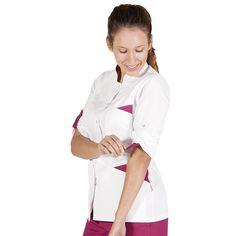6075 blusa de mujer Sofia de color blanco combinado con frambuesa, con botones a presión y en manga larga.