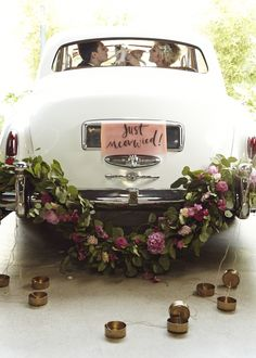 The cutest, cuddliest kitty-themed wedding you ever did see! | Josh Madison/Happily