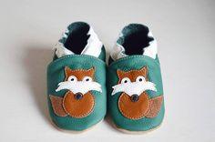 Oh my! Hoe schattig zijn deze babyslofjes van Hobea ?!? Ja, ge-wel-dig dus! Ik ben helemaal verliefd op de schattige vosjes. Ze zijn niet alleen cute maar ook heel goed voor mijn zoontje zijn voete…