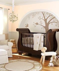 I <3 LOVE <3 the sleigh(bed) crib!!!