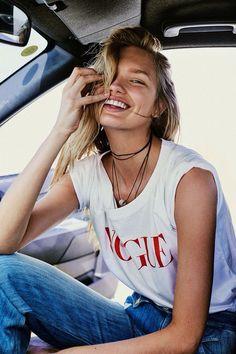 Women Outdoor Style | Tee & jeans