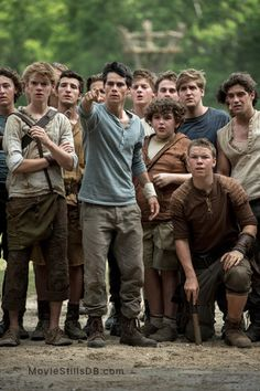 The Maze Runner - Publicity still of Dylan O'Brien & Thomas Brodie-Sangster