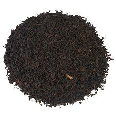 CEYLON CAFFEÏNEVRIJ | Deze milde Ceylon Cafeïne bevat maximaal 0,1% cafeïne. Wat ons betreft is dit dan ook een heerlijke keuze om 's avonds op de bank de dag mee af te sluiten. De zwarte thee heeft een mild karakter en is aromatisch van smaak. |