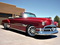 52 Pontiac Chieftain. Why don't they make classy cars anymore!??!?!?!