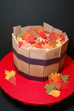 Bushel of Leaves Cake, Fall, Thanksgiving.