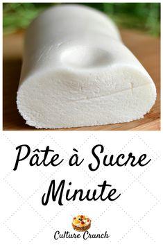 Decors Pate A Sucre, Drop Cake, Cake Receipe, Glaze For Cake, 100 Calorie Snacks, Desserts With Biscuits, Homemade Caramel Sauce, Homemade Cake Recipes, Sugar Cravings