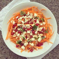 Bowl & spoon : Salade de carottes & feta aux groseilles