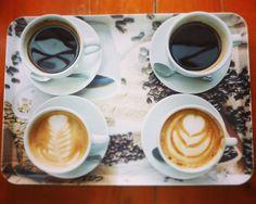 A R O M A  D I  C A F F É  . Compartimos para expresar ideas sentimientos y disfrutar  #GrandesMomentos. . Únete a nosotros y cuéntanos acerca de esos #CoffeeMoments!  . . #CoffeeLife #MeetTheBarista . #AromaDiCaffé#MomentosAroma#SaboresAroma#Café#Caracas#Tostado#Coffee#CoffeeTime#CoffeeBreak#CoffeeMoments#CoffeeAdicts