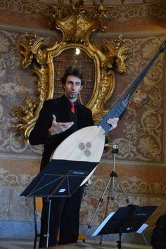 ANDIAMO! Services: Musical Walks through one of Italy's most beautiful cities! | Italian Entertainment And More | Scoop.it