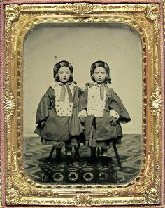 [ambrotype portrait of twin girls from the Watts family, dressed in identical fur-lined outfits] via Jack and Beverly's Cased Image Collection Vintage Children Photos, Vintage Twins, Vintage Pictures, Vintage Images, Victorian Photos, Antique Photos, Vintage Photographs, Victorian Era, Twin Photos