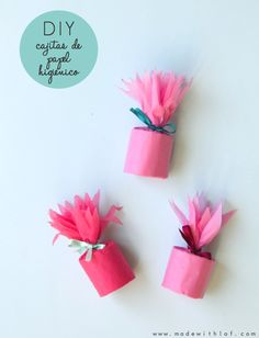 Made with lof: DIY - boxes with tissue paper and paper rolls Kids Crafts, Diy Arts And Crafts, Creative Gift Wrapping, Creative Gifts, Toilet Paper Roll Crafts, Paper Crafts, Gift Wraping, Diy Gift Box, Homemade Crafts