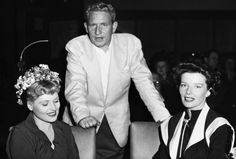 Hollywood Actor, Hollywood Stars, Classic Hollywood, Tom Selleck Movies, Judy Holliday, Katharine Hepburn, Hooray For Hollywood, Famous Couples, Classic Films