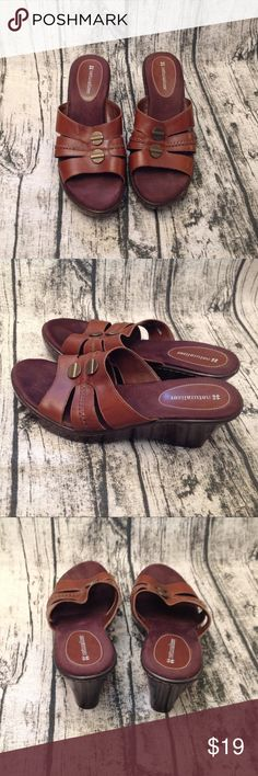 89cfd7b61b3 Brown Naturalizer Sandals Brown leather sandals with 3