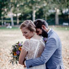Cuddles #hochzeit #hochzeitstag #berlin #brandenburg #berlinwedding #freespirit #gypsy #berlinweddingphotographer #elopement #hauptstadt #weddingvibes #hochzeit2019 #hochzeit2020 #braut2020#onedaytomarriedwedding Berlin Wedding, Berlin Brandenburg, Wedding Dresses, Ideas, Fashion, Wedding Day, Wedding Bride, Bridal Dresses, Moda