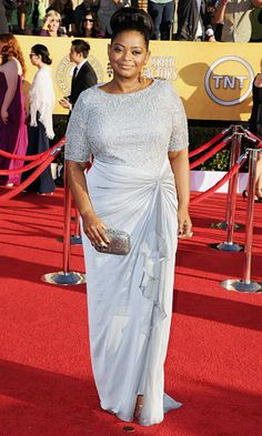 Perfect choice.  Greys and silvers were another popular color for the evening.  She oozed excitement. B