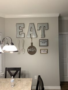 popular farmhouse wall decor design ideas for natural interiors 53 . popular farmhouse wall decor design ideas for natural interiors 53 Always aspired to be able to knit, yet not certai. Dining Room Wall Decor, Farmhouse Interior, Farmhouse Kitchen Decor, Home Decor Kitchen, Room Decor, Farmhouse Ideas, Kitchen Ideas, Rustic Wall Decor, Modern Farmhouse