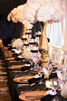 Black and Gold Part Inspiration by Elle's Couture Events.- Black and Gold Part Inspiration by Elle's Couture Events 37 Black and Gold Part Inspiration by Elle's Couture Events 37 - 30th Birthday Parties, Birthday Dinners, Anniversary Parties, Gold Wedding, Wedding Table, Wedding Flowers, Dream Wedding, Wedding Centerpieces, Wedding Decorations