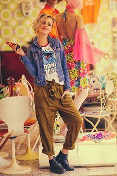 Get this look: http://lb.nu/look/8629823  More looks by Vanessa ♡: http://lb.nu/vaansity  Items in this look:  Cookie Monster, Vagabond, H&M, H&M   #german #germanblogger #blogger #model #photoshooting #shooting #blondehair #blonde #silverhair