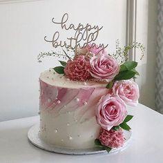 Latest Birthday Cake, Birthday Cake For Mom, Elegant Birthday Cakes, 60th Birthday Cakes, Birthday Cake With Flowers, Cupcake Birthday Cake, Beautiful Birthday Cakes, Birthday Cakes For Women, Cake Flowers