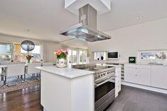 Light kitchen
