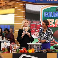 Awesome to see #SandraLee on @goodmorningamerica today with the @houston_magazine cover for #SuperBowl. She is the head of the amazing Super Bowl Houston host committee of 10000 volunteers! She does amazing work all over the country but we're proud to have her on this Jan/Feb cover. #gma #goodmorningamerica #hostesswiththemostess @sandraleeonline #superbowl2017 #superbowl2017  via MODERN LUXURY MAGAZINE OFFICIAL INSTAGRAM - Luxury  Lifestyle  Culture  Travel  Tech  Gadgets  Jewelry  Cars…