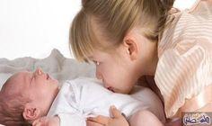 كيفية تحضير الطفل لاستقبال المولود الجديد: مما لا شك فيه انالحملالثاني، لا سيما اذا تأخر كثيراً عن الحمل الأول يترك الكثير من الانعكاسات…