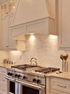 Kitchen Vent Hood Ideas Inspirational why White Kitchen Interior is Still Great for 2019 Kitchen Island Hood Ideas, Kitchen Hood Design, Kitchen Vent Hood, Kitchen Cabinet Design, Kitchen Ideas, Kitchen Decor, Kitchen Inspiration, Kitchen Designs, Kitchen Layouts