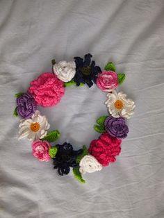 Elizabeths Kreativa Rum: Mönster till virkad krans med blommor till midsommar