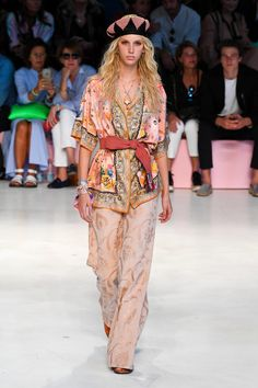 Etro Spring 2019 Ready-to-Wear Collection - Vogue
