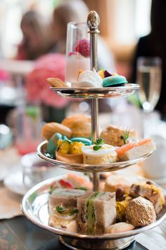Peninsula, hotel, beverly hills, luxurious, relaxing, relax, spa, massage, relax, tea, high tea, pastries, sweets, desserts, macaroon,  chriselle lim, chrisellelim,