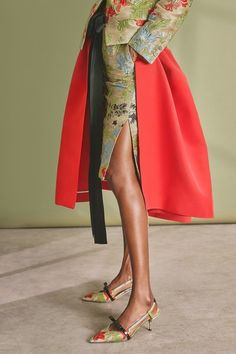 Rochas Resort 2019 Milan Collection - Vogue