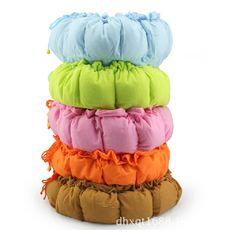 The dog kennel dog cotton pad pet cat winter wholesale pet nest type pumpkin house Pet Supplies