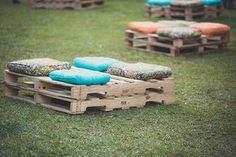These Creative Rustic Wood Pallet Wedding Ideas Pallet Wedding, Diy Wedding, Rustic Wedding, Wedding Dress, Fall Decor, Wedding Decorations, Creations, Marriage, Wedding Inspiration