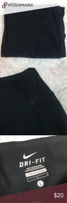 Dri fit Nike workout yoga pants Size large not spandex material Nike Pants