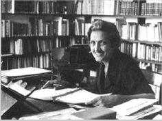 O Sesc Ramos apresenta até o dia 31 de janeiro uma exposição sobre a obra de Cecília Meireles, uma das maiores escritoras do país, que tem entrada gratuita.