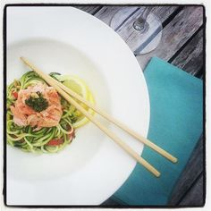 chucinni/zoodles with salmon and pesto #lunch #healthy #lowcarb #healthyfood #raw #eatclean #picoftheday #lowfat #fitfam #fitspo by pien1957