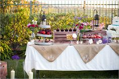 Love the desert table....would also look great as a supper buffet layout.
