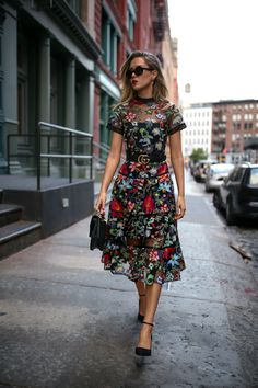 TREND MEMO DAY 6: FALL FLORALS