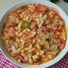 Simple recipes for special daily menus - Simple recipes for special daily menus - Ramen Recipes, Spicy Recipes, Seafood Recipes, Cooking Recipes, Healthy Recipes, Simple Recipes, Healthy Food, Mie Goreng, Nasi Goreng