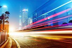 ¿Qué pasaría si viajáramos a la velocidad de la luz?