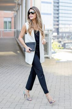 Chic Office Outfit, Summer Office Outfits, Fall Outfits For Work, Office Wear, Office Chic, Stylish Office, Casual Office, Smart Casual, Sleeveless Blazer Outfit