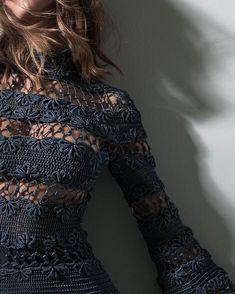 ideas dress pattern a line moda Crochet Shirt, Crochet Lace, Crochet Hooks, Trendy Dresses, Nice Dresses, Flowing Dresses, Irish Lace, Crochet Fashion, Crochet Crafts