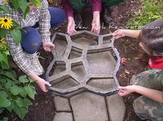 How To Make Paver Molds | How to Build a Walkway Using a Concrete Paver Mold | New York ...