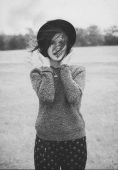 Alexa Chung - Printed Pant, Grey Sweater, Black Round Hat