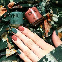 The Best Fall Nail Polish Colors – Fall/Winter Nails Inspo Autumn nails Fall Nail Polish, Fall Manicure, Nail Polish Colors, Manicure Colors, Polish Nails, Manicure Ideas, Wedding Manicure, Green Nail Polish, Red Nails