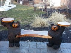 Chainsaw Carving by Paul is a professional chainsaw carver in the York PA area. Chainsaw Wood Carving, Wood Carving Art, Wood Carvings, Art Sculpture En Bois, Black Bear Decor, Tree Carving, Bench Furniture, Decorating Coffee Tables, York Pa